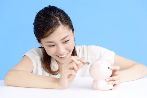 最多は25歳! 社会人に聞く、初めて自分で貯金100万円を貯めたときの年齢