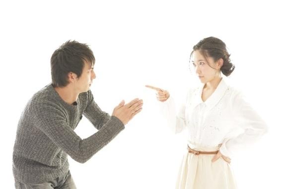 恋愛の終止符? 喧嘩しているときにやってはいけない責め方5選