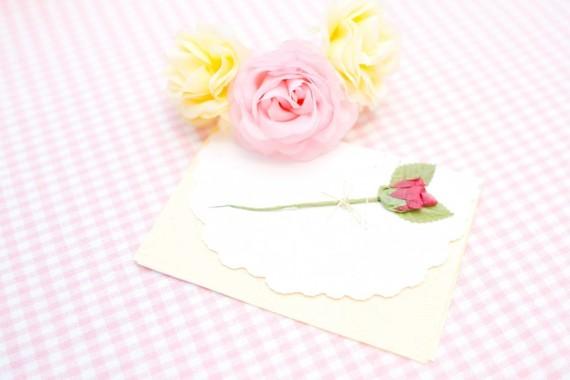 恋愛中の人におすすめ! 記念日に手紙をかくメリット4選