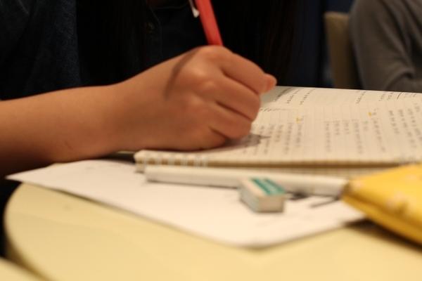 就活で「筆記試験対策」を始める時期と効果的な勉強法