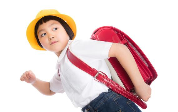 小学生のころ放課後に熱中した遊びといえばなに? バブル世代社会人1位「野球」、大学生世代の1位は……