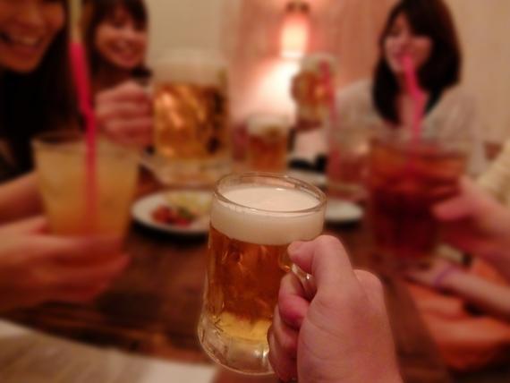 イマドキはコールNG? 大学生の9割以上が飲み会のコールに反対! 「もうそんな時代じゃない」