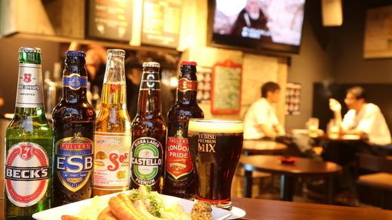 ワインもビールもうまい! 大人の街、新橋のおすすめバー14選