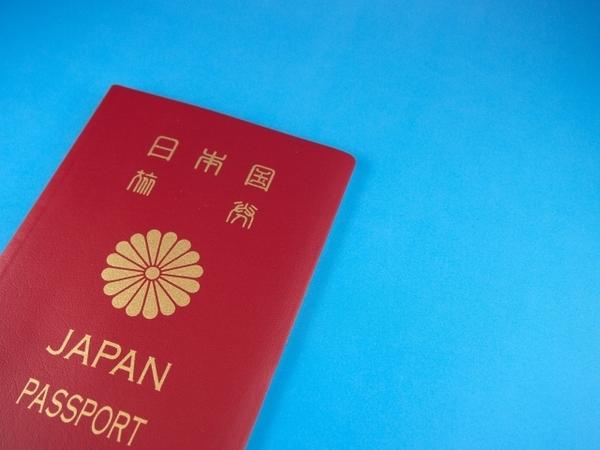 海外旅行のときに気をつけたい! 国別マナー違反行為4選「バリ島→左手NG」