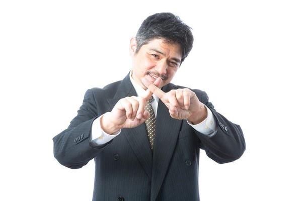 面接官から「変だね」と注意を受けた日本語・敬語4選「~であります!」