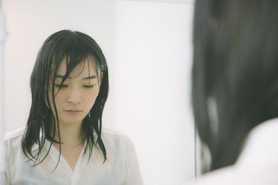 大学生に聞いた、雨が似合う漫画・アニメのキャラ6選「銀さん」「綾波」