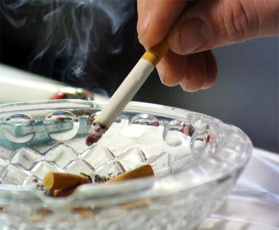 「若者のたばこ離れ」は本当に起こってる? 20代男女の喫煙率の実態