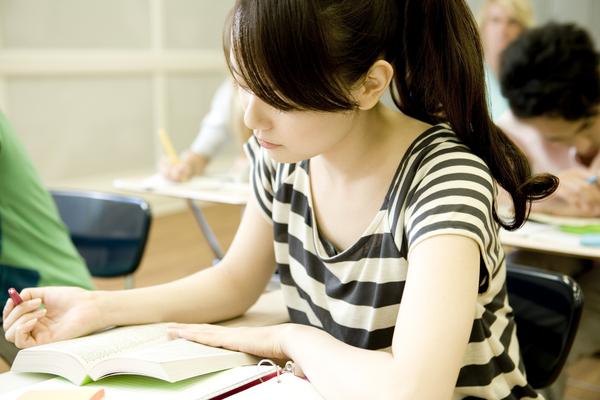 勉強が嫌いな人は約6割! 嫌いになったきっかけは? 「つめこみに疑問」「勉強しても成績が上がらない」