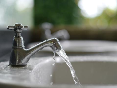 一人暮らし大学生の光熱費、1カ月平均いくらかかる? 電気・ガス・水道代は?