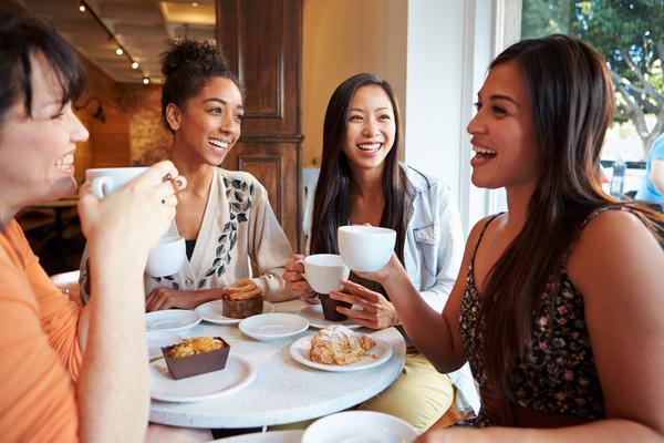 現役の区議も女子会に参加! 今、政治を語る女子学生が熱い。