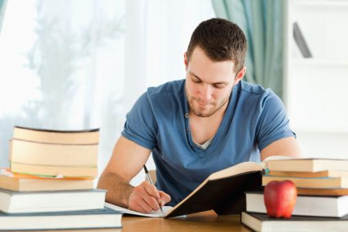 大学のテストは単位さえもらえればいい? 高評価を狙う? 学生に本音を聞いてみた!