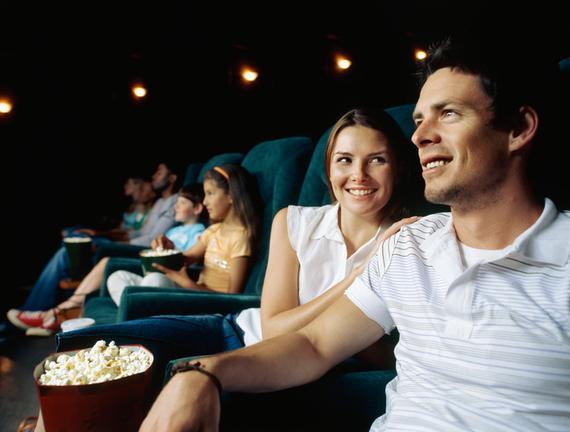 映画を観るなら映画館? レンタル? それとも動画配信サービス? 大学生の多数派は