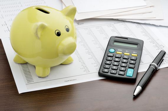 自分の収入・支出と比較しよう! 平均的な大学生の生活費ってどんなバランス?