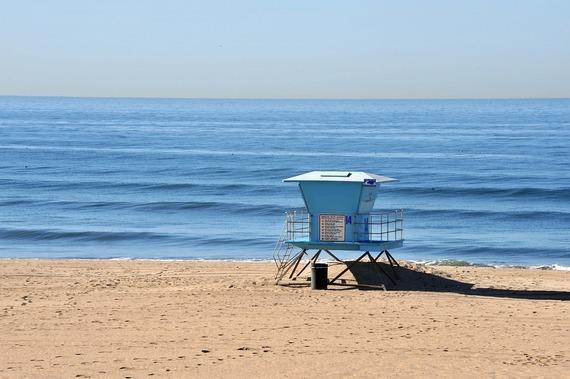 夏限定! 経験者の大学生が語る、海の家&プール監視員バイトの魅力【学窓バイト部】