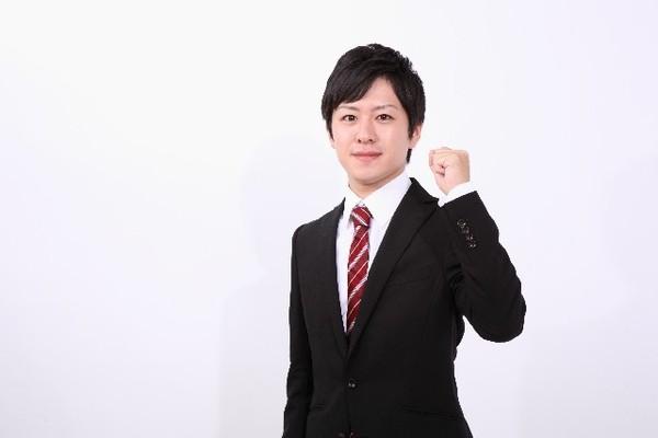 新入社員にふさわしいおすすめスーツとは? 色、ネクタイ……基本の選び方を押えよう