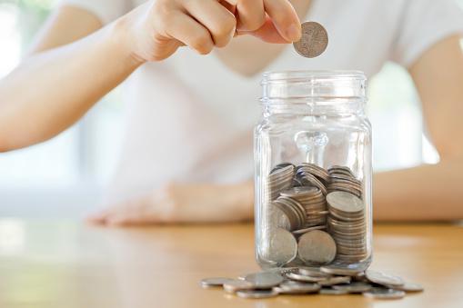 【大学生のお金のトリセツ】一人暮らしにおすすめの節約法&大学生の平均貯金額