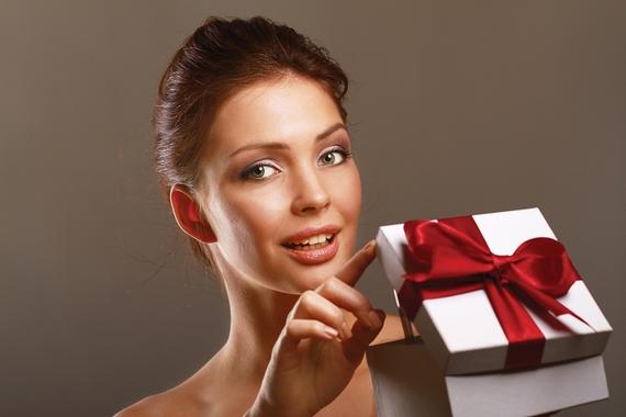 【2020年】彼女に贈りたい!定番のクリスマスプレゼントおすすめ25選