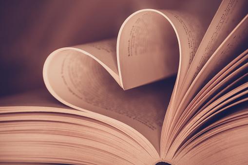 社会人の恋愛ってどうすればいいの? 出会いが見つかる&恋がうまくいく方法まとめ