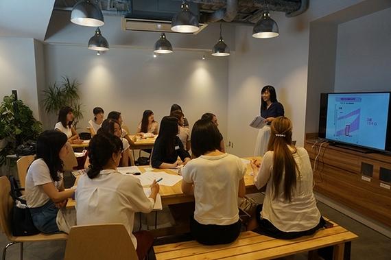 アルバイトの新トレンド? 女子大生におすすめのベビーシッターの資格について取材してみた!