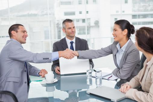 ビジネスマンなら身に付けてほしい「ネゴシエーション」の意味と使い方を例文つきで解説【スグ使えるビジネス用語集】