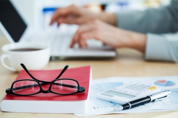 【例文つき!】金融業界の志望動機の書き方と業界研究コツのまとめ