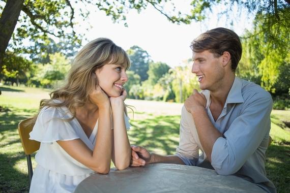 女子に聞いた、彼氏に悩みを聞くときって具体的なアドバイスがほしいの? 共感してほしいの? どっち!