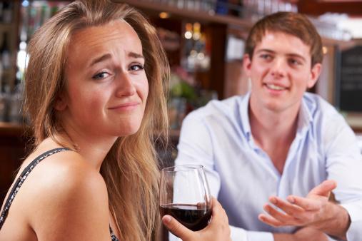 女子は6割、男子は4割が「いる派」! デートはOKだけど恋人にはできないと思う異性って周りにいる?