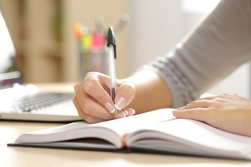 【例文つき!】アパレル業界向け志望動機の書き方まとめ 職種や仕事内容、やりがいについて知ろう