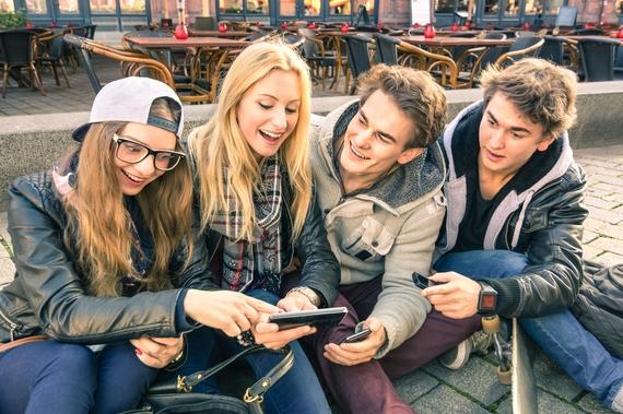 これでぼっち回避! 入学前に同じ大学の人とSNSで繋がっていた大学生は約4割
