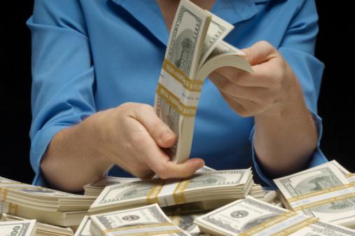 今年の新社会人がお金持ちだと思う年収は「1,000万円」! 「夢の大台」との声【新社会人白書2017】
