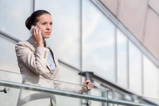 仕事と恋愛どちらが大切? 女性社会人の6割が選んだのは……