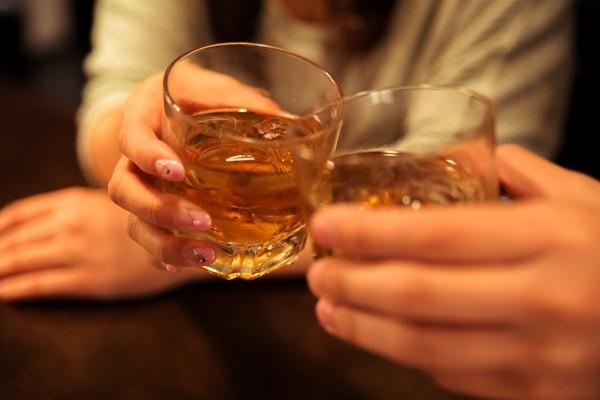 これ話しとけば間違いなし! 社会人の飲み会で盛り上がる鉄板の話題8選