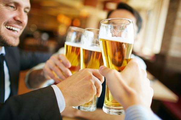 乾杯はビール」どう思う?→好きな飲み物を選ばせてほしい:41.4 ...