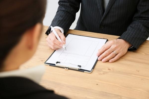 「通年採用」っていったいなに? 就活経験者の通年採用に対する意見は……
