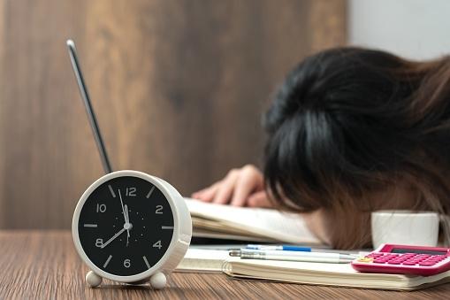 家探しで重視するのは「家賃の安さor通勤時間」どっち? 76.6%の社会人が家探しで「家賃」と回答!