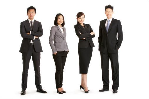 就活のスーツの値段は平均いくら? 就活を経験した社会人に聞いてみた【男女別】