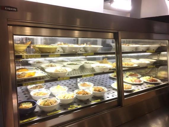 中央大学の学食に行ってみた! 後楽園キャンパス「C-cube」でマツコも食べたトマトつけ麺を実食【全国学食MAP】