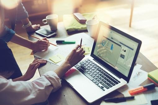 社会人が苦手意識を持っている業務内容Top5! 2位資料作成