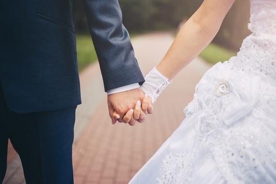 女子大生に聞いた、収入以外で将来の結婚相手に求める条件Top5!