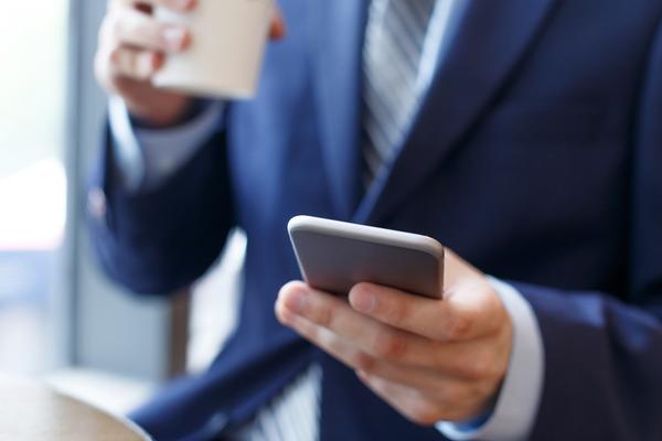 「資格勉強」「同僚とコミュニケーション」社会人に聞いた、職場でランチタイムを有意義に過ごす方法