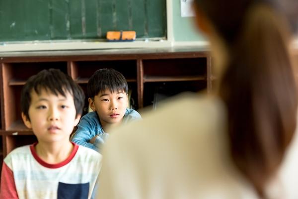 さわやか3組」「ざわざわ森のがんこちゃん」小学校の「道徳」で印象に ...