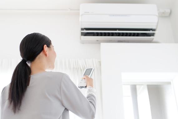 光熱費を節約する方法まとめ! 電気代、ガス代、水道代……毎月の出費を賢く抑えよう