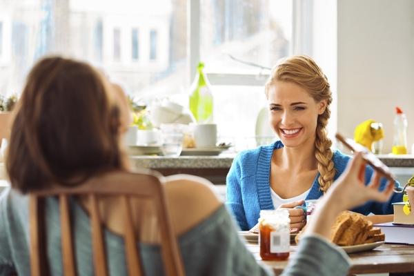 経済格差があっても友情は可能? 気をつけるべきは「いいものを買ったほうがいいよ」