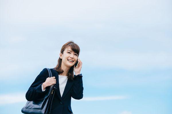 就活中の電話対応はどうすればいい? 社会人相手に電話をかける、かけなおすときの基本マナー5ポイント