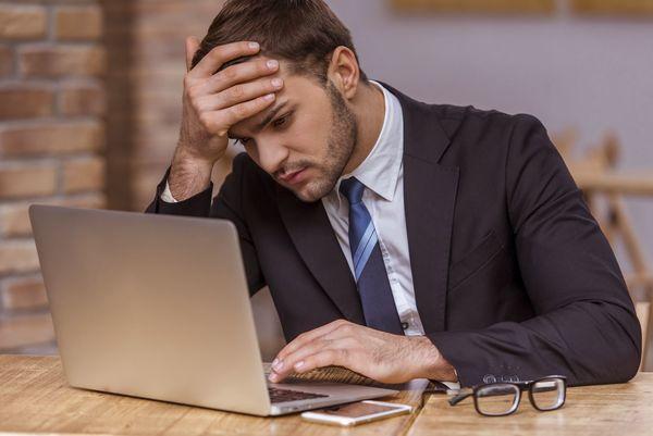 社会人に聞いた、転職しようとしている同僚の前兆行動「有給が増える」「職場で求人サイト閲覧」