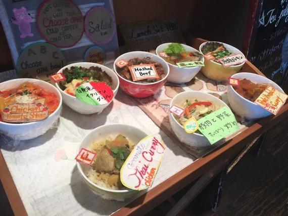 早稲田大学の「Uni. Shop&Cafe 125」に潜入!心地いいテラス席でカフェ飯を楽しもう【全国学食MAP】