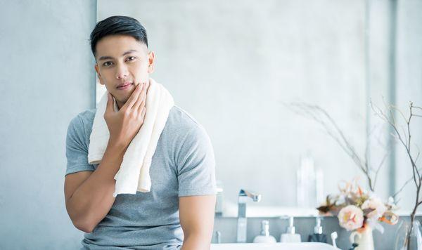 女性に聞いた、男性に眉毛が整えるのはありorなし? 結果は真っ二つに!「ナルシストっぽい」「清潔感出る」