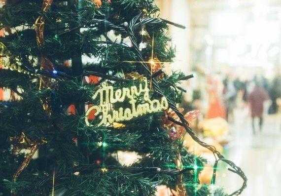 クリスマスデートは24日or25日どっちにする? 大学生カップルの2017クリスマス事情