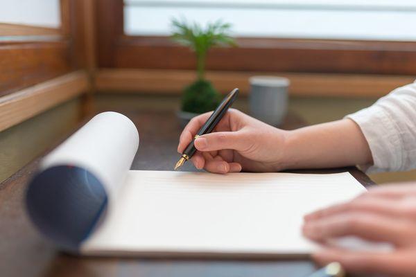 お詫びの手紙の書き方は? 文例をチェック