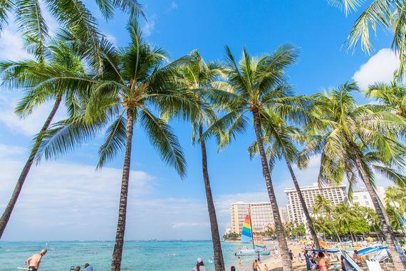 ハワイ旅行の持ち物チェックリスト! 観光に欠かせない必須のアイテムは?